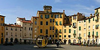 01 lucca